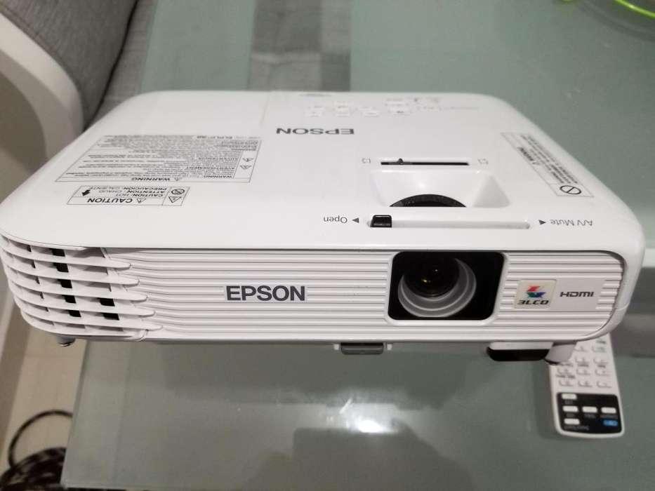 PROYECTOR EPSON 740 HP