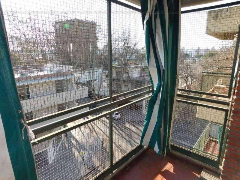 Ayacucho 2205 - Dpto de 2 Dormitorios Externo. Alquila Uno Propiedades