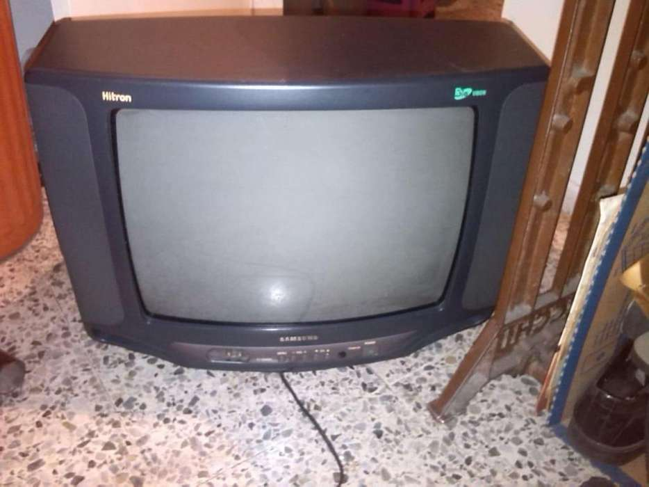 <strong>televisor</strong> SAMSUMG 21 PULGADAS