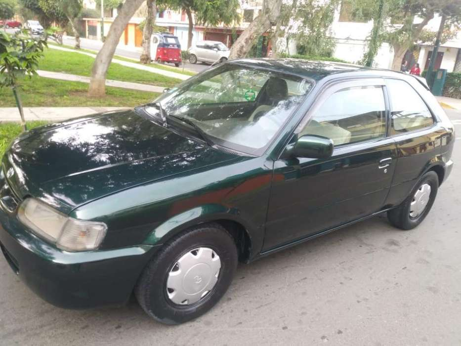 Toyota Corolla 1999 - 126438 km