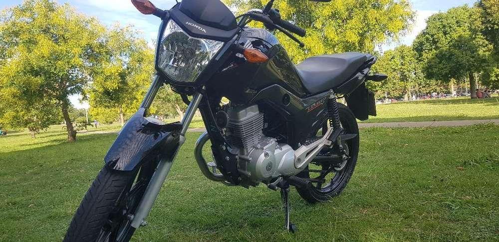 Vendo Titan New Impecablee..!!