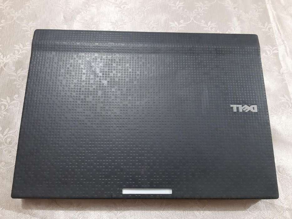 Laptop <strong>dell</strong>
