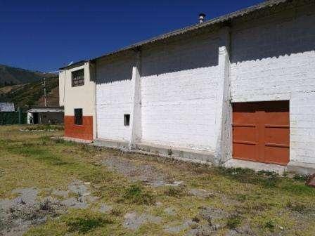 VENDO GALPON INDUSTRIAL ALTO IMPACTO 800M2, NORTE DE QUITO