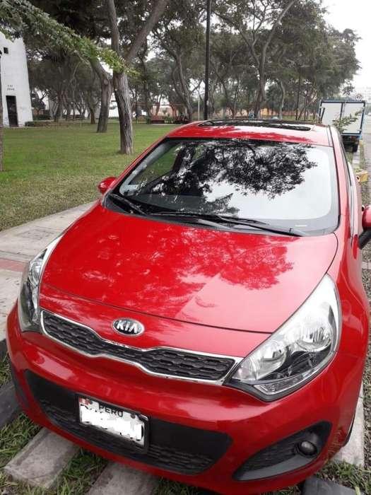<strong>kia</strong> Rio Hatchback 2013 - 35100 km