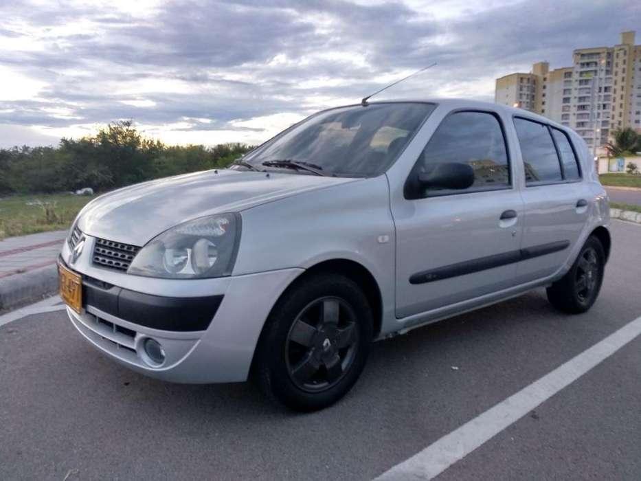 Renault Clio  2011 - 95000 km