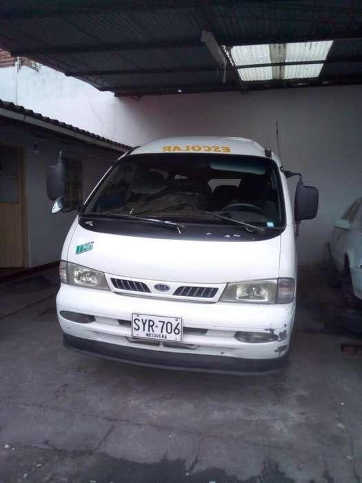 Camioneta Escolar. KIA Pregio 2003