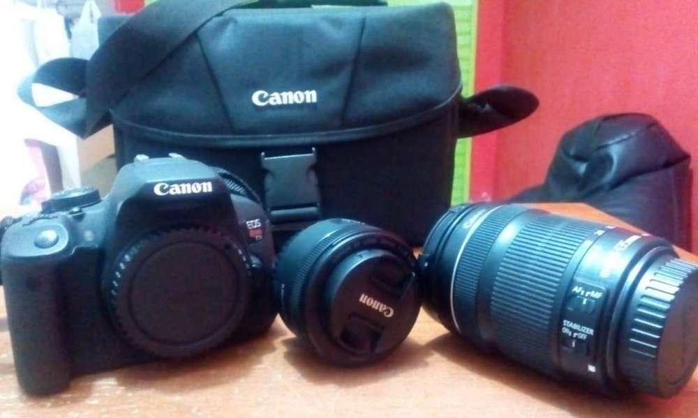 CamaraCanon EOS 700D