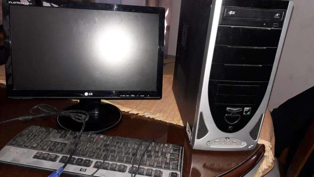 vendo pc completa monitor lcd 19 casi nuevo, grabadora DVD