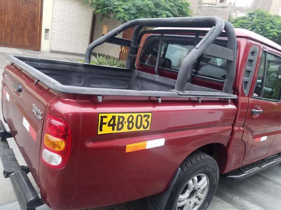 Mahindra Pick Up 2013 - 62500 km
