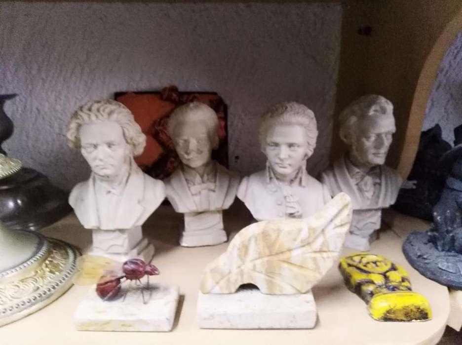 bustos de personajes celebres