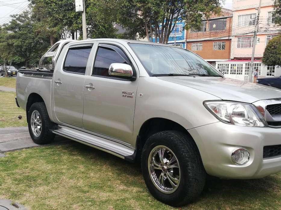 Toyota Hilux 2012 - 41600 km