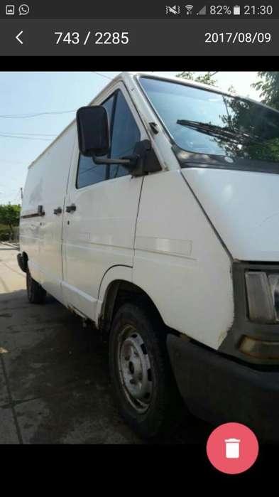 Vendo Renuolt Trafic Diesel2.2