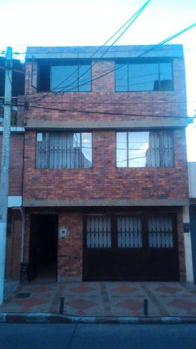 SE VENDE <strong>casa</strong> EN BARRANCAS RENTABLE CON 5 APARTAMENTOS, SE RECIBE PROPIEDAD MENOR VALOR