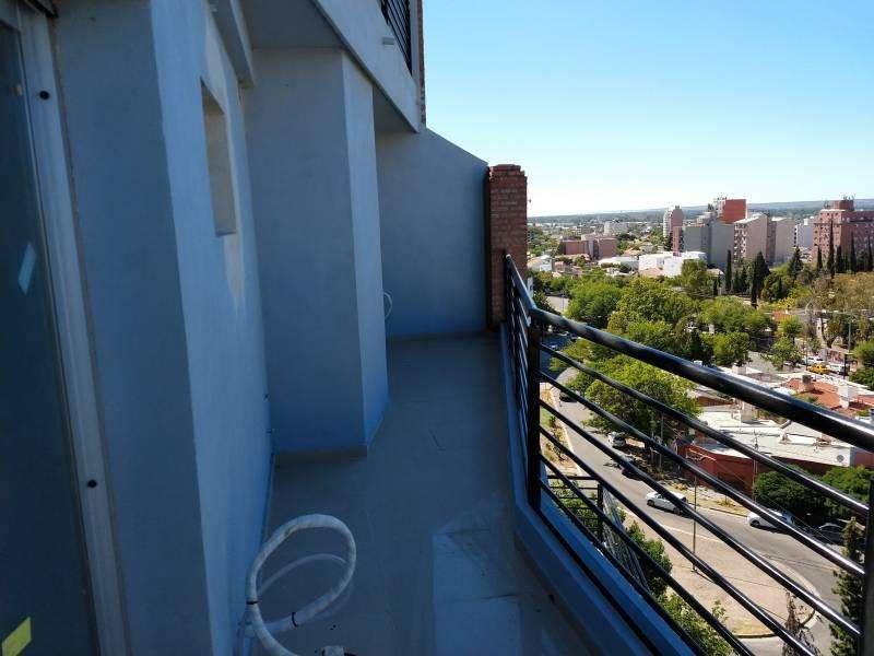 Venta departamento 1 dormitorio Av San Juan 200 Neuquén capital