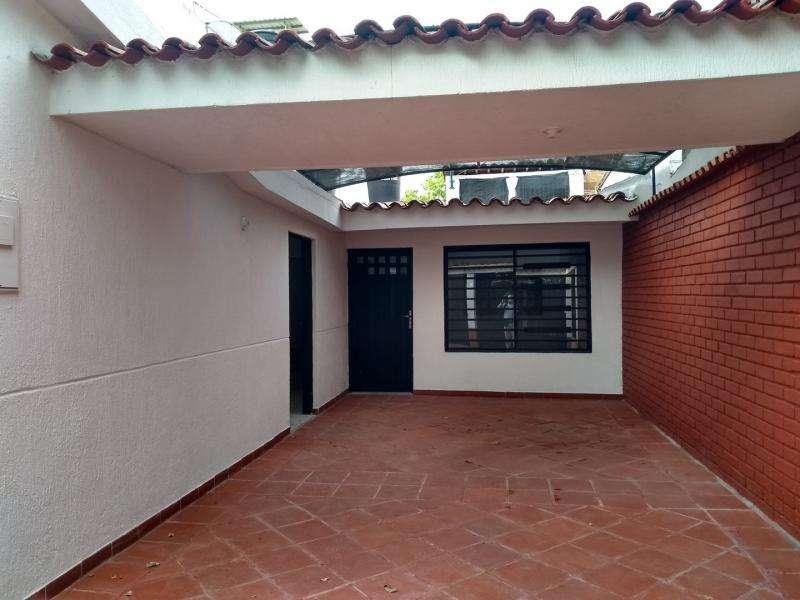 Casa-<strong>local</strong> En Arriendo/venta En Cúcuta La Ceiba Cod. ABPRV-1443