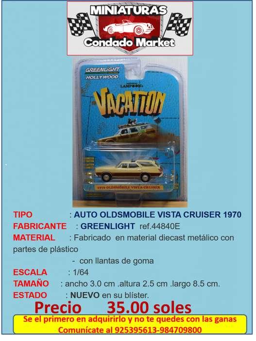 AUTO OLDSMOBILE VISTA CRUISER 1970