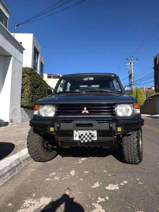 Mitsubishi Montero 1993 - 286000 km