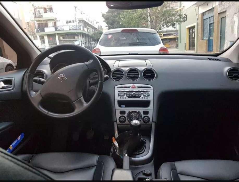 Peugeot 408 2013 - 73000 km