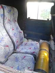 1997 renault Trafic nafta-gnc. 4 asientos