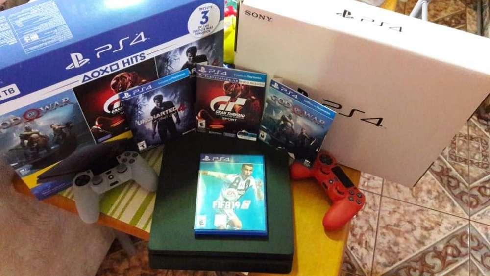 Play 4 1 consola 2 palancas4 juegos estuches originales 0984854567