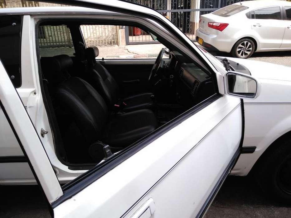 Mazda 323 1989 - 0 km