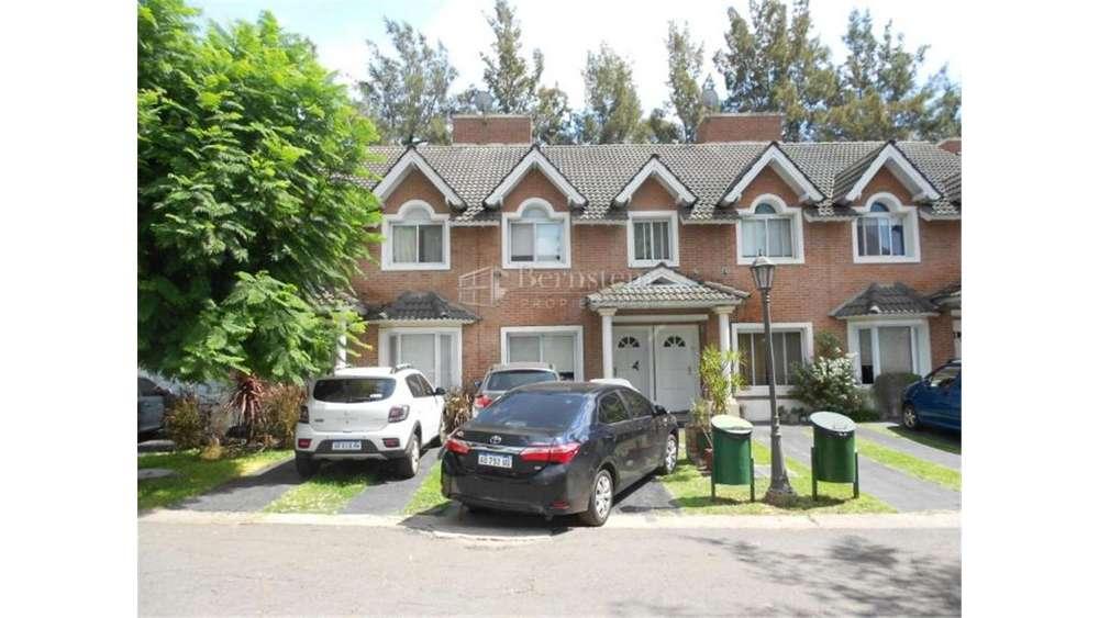 El Portico 916 - UD 230.000 - Casa en Venta