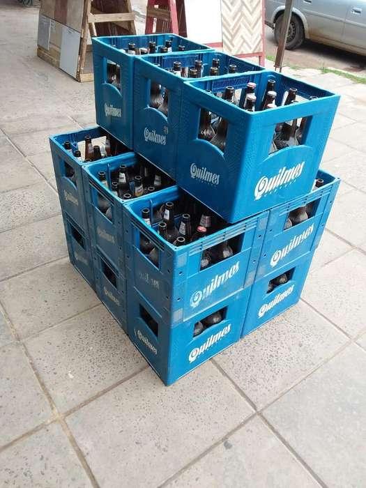 Vendo 27 Cajones de Cerveza con Botellas
