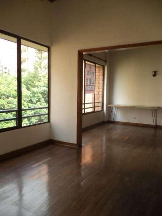 Cod. ABMER204633 <strong>apartamento</strong> En Arriendo En Medellin El Poblado
