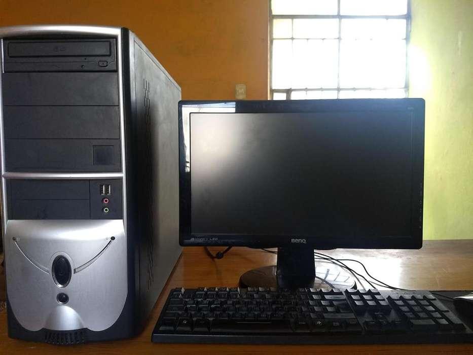 PC Core2Quad, 4GB RAM, Geforce DDR3 1GB