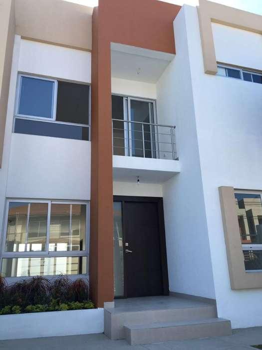 Vendo Casa en Puerto Azul