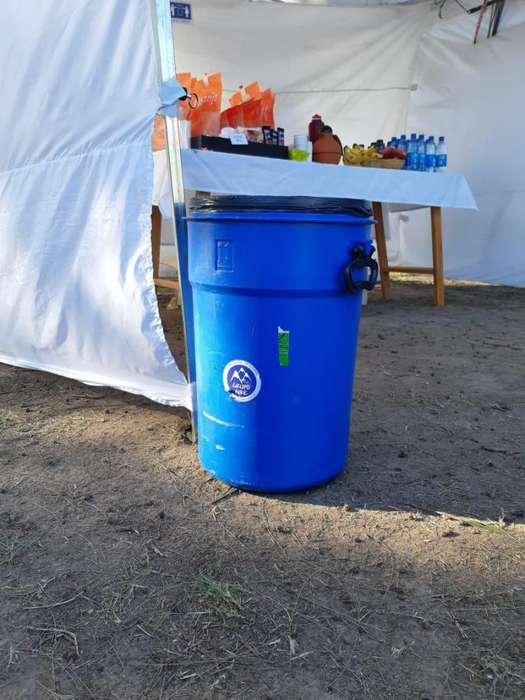 Alquiler de tachos para hielo y tachos de basura