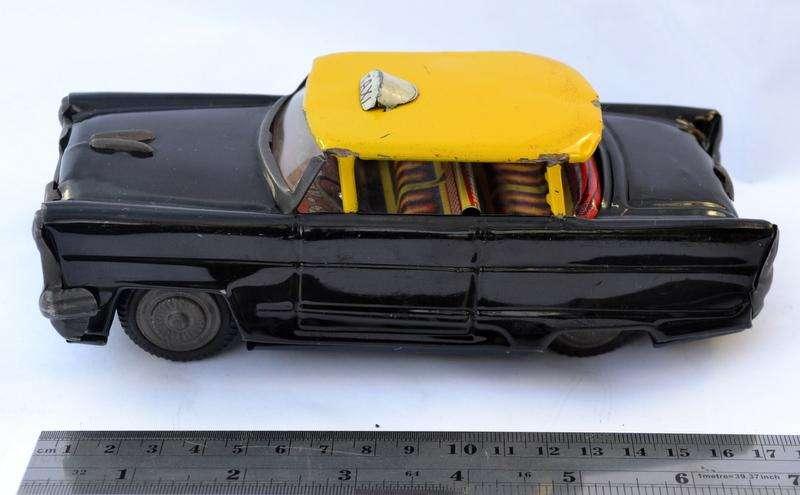 Juguetes de chapa, Auto antiguo, modelo Taxi
