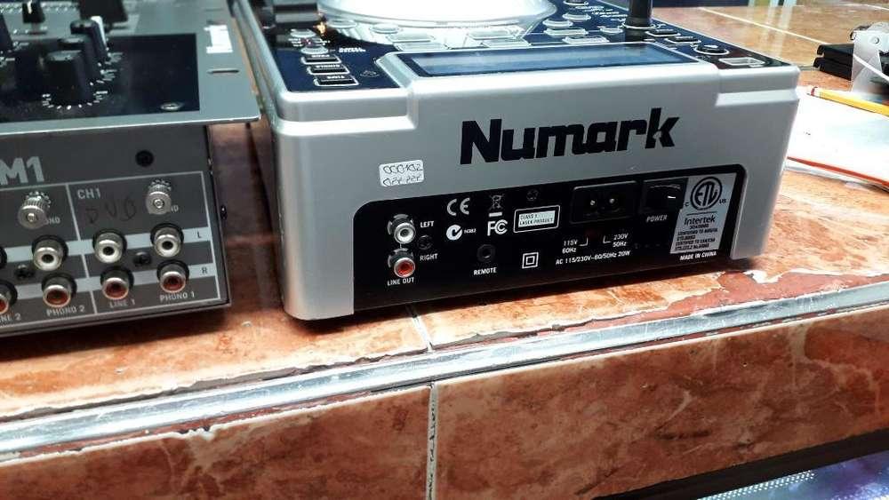 Consola Numark Ndx400 con Mix Numark M1