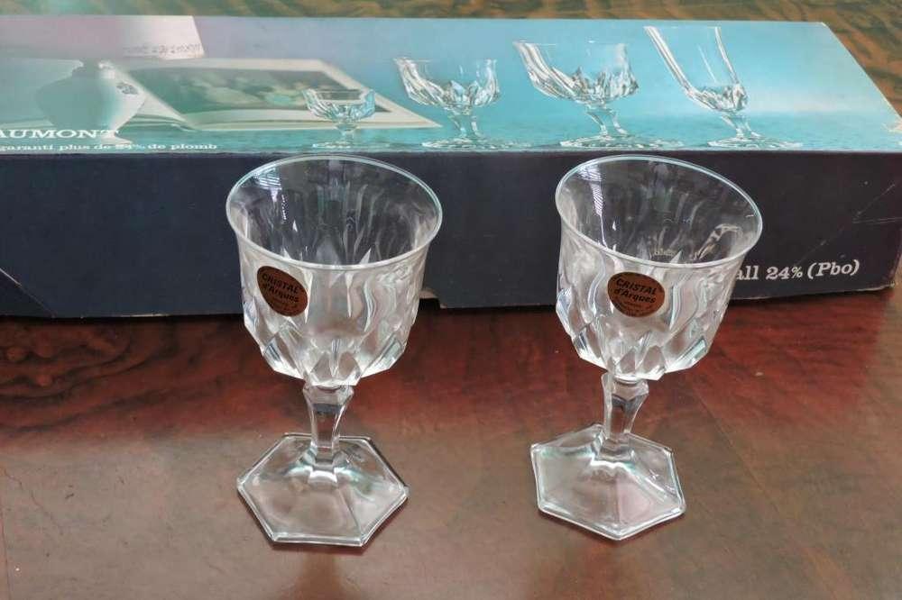 Copas cristal sin uso Chaumont.Cristal d'Arques. Francia. seis copas en su caja.