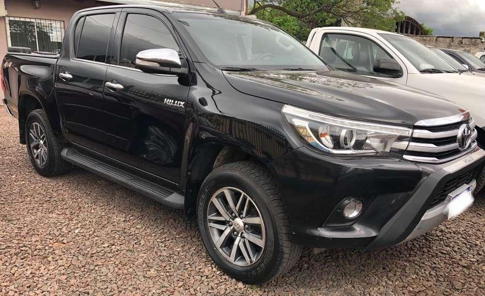 Toyota Hilux 2016 - 70000 km