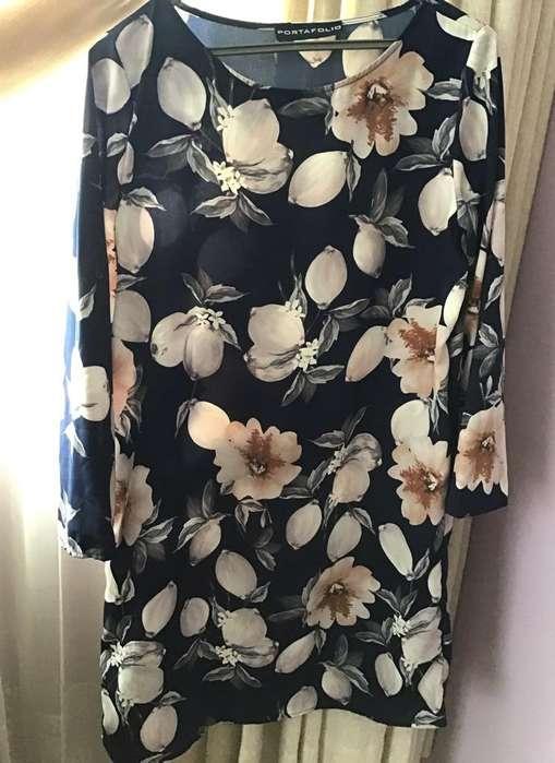 Vestido Marca Portafolio de Flores