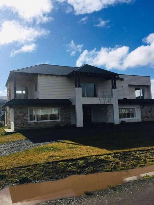 tl33 - Casa para 6 a 10 personas con cochera en San Martín De Los Andes