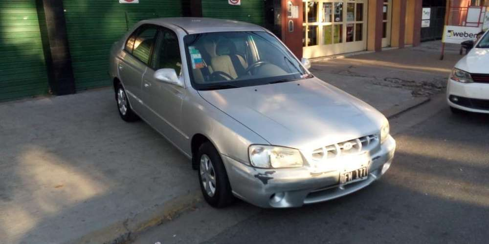Hyundai Accent 2001 - 140000 km