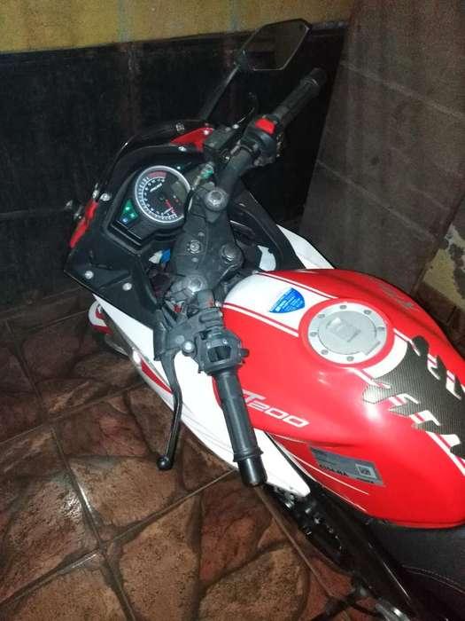 Vendo Moto Rt 200