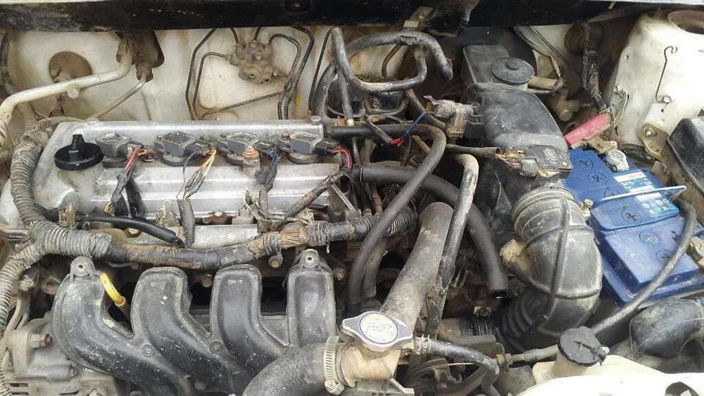 Toyota Yaris 2006 - 500000 km
