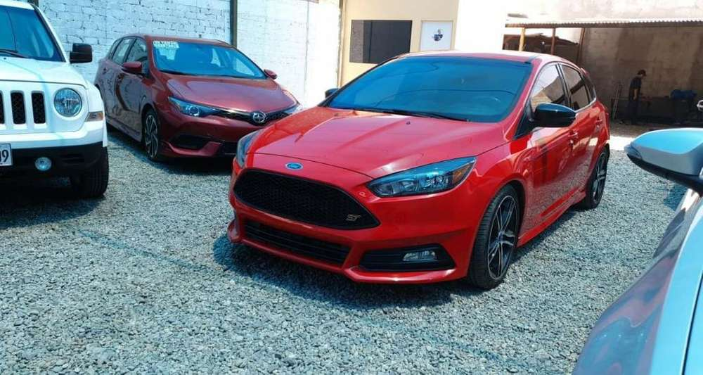 Ford Focus 2017 - 18750 km