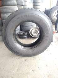 Neumatico de camion 295/80 r22.5 Pirelli usado