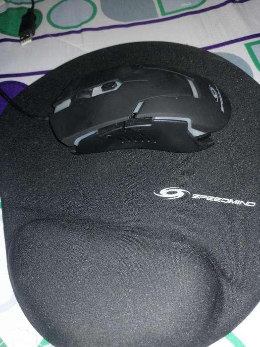 Teclado Gaming Y Mouse Seminuevos