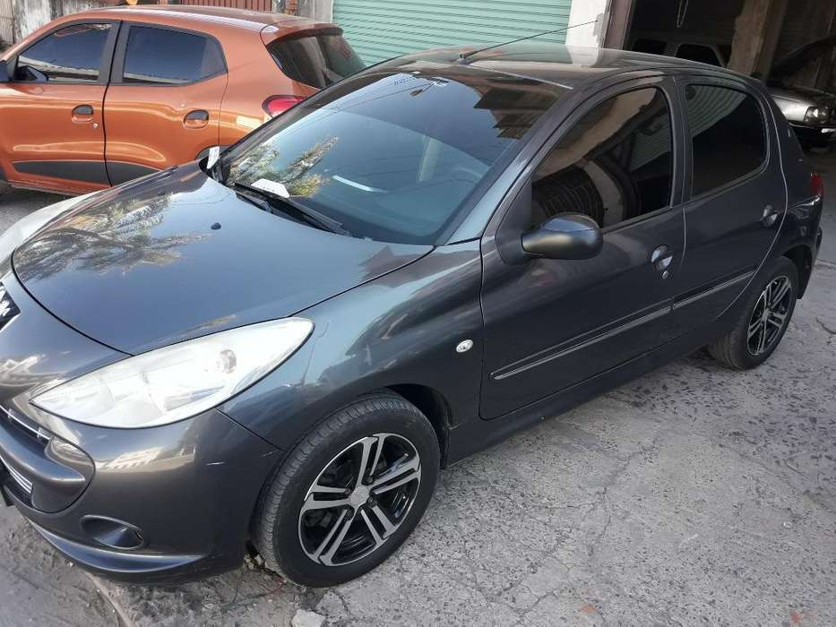 <strong>peugeot</strong> 207 Compact 2013 - 88000 km