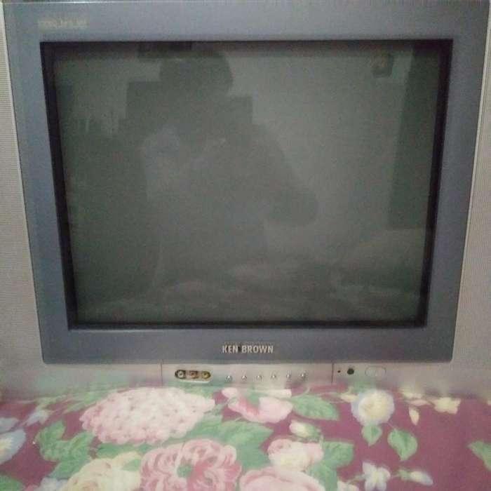 Televisor Ken Brown