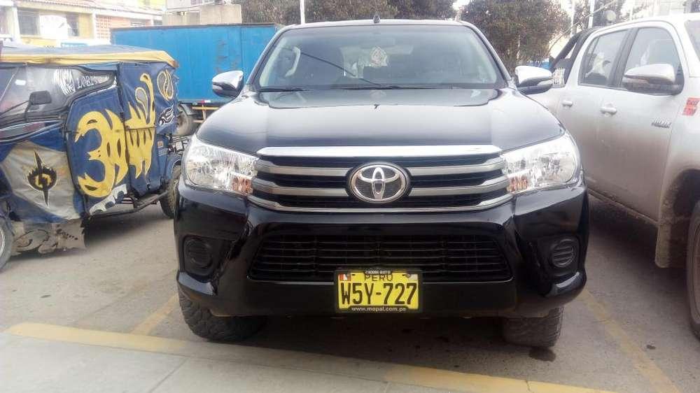 Toyota Hilux 2016 - 41409 km