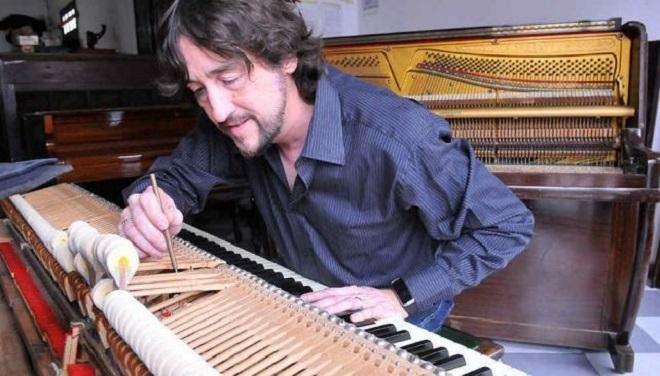 AFINACION RESTAURACION DE PIANOS ALQUILER DE PIANOS
