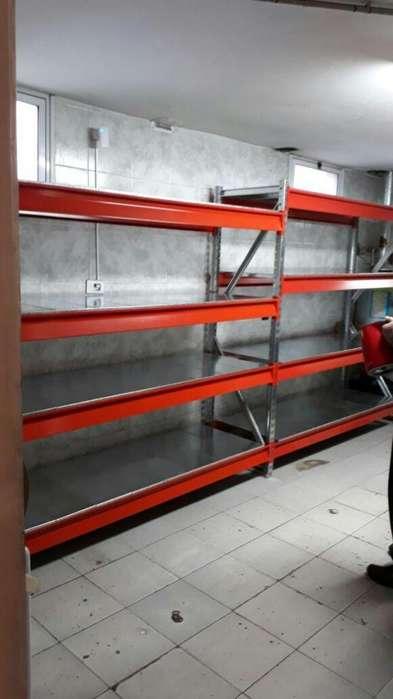 Rack de 230x60x300 con plano de carga
