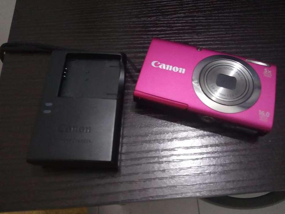 Vendo cmara Canon poco uso