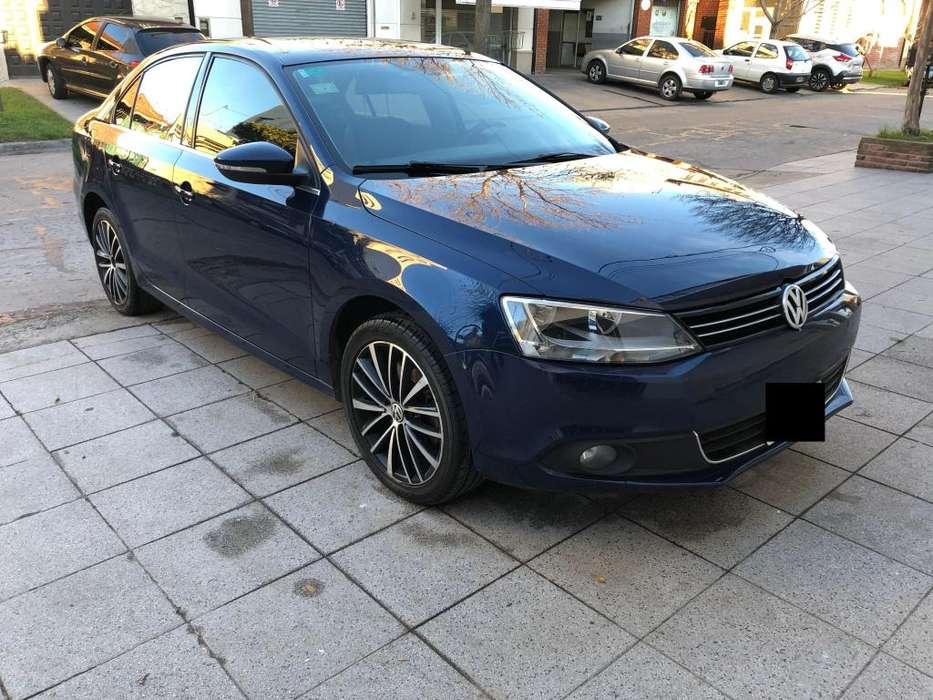 Volkswagen Vento 2012 - 107000 km